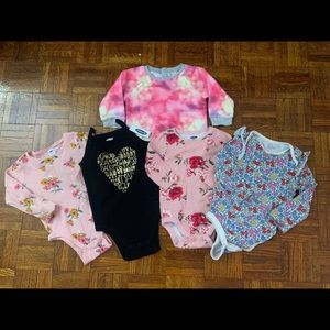 Baby girl clothes bundle - size 18-24 months